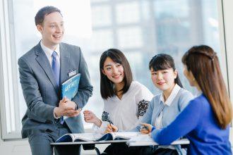 English Education - Teacher teaching 3 adult students English
