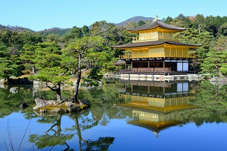 View of Kinkakuji Temple that you can experience during your life in Japan