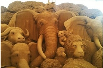 Sand Dune Sculptures of Wild Animals